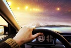 οδηγώντας οδικός χειμώνας Στοκ Φωτογραφία