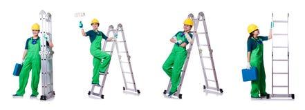 Ο θηλυκός εργάτης οικοδομών με το κουτί εργαλείων και τη σκάλα Στοκ εικόνες με δικαίωμα ελεύθερης χρήσης