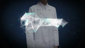 Ο θηλυκός ερευνητής, μηχανικός, γιατρός σχετικά με την οθόνη, ψηφιακές γραμμές δημιουργεί τη βασική μορφή, ψηφιακή έννοια λύσης α απεικόνιση αποθεμάτων