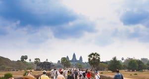 Ο διάσημος ναός σύνθετο κοντινό Siem Angkor Wat συγκεντρώνει στην Καμπότζη Στοκ εικόνα με δικαίωμα ελεύθερης χρήσης