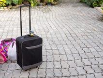 Ο διακινούμενος Μαύρος τσαντών Στοκ φωτογραφία με δικαίωμα ελεύθερης χρήσης