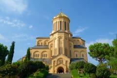 Ο ιερός καθεδρικός ναός τριάδας του Tbilisi γνωστού συνήθως ως Sameba είναι ο κύριος καθεδρικός ναός της της Γεωργίας Ορθόδοξης Ε στοκ φωτογραφία με δικαίωμα ελεύθερης χρήσης