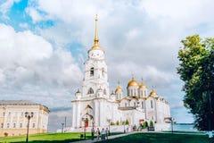 Ο ιερός καθεδρικός ναός Dormition στην πόλη του Βλαντιμίρ στοκ φωτογραφία