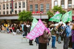 Ο Ιησούς αγαπά εσείς σημαιοστολίζει στο Μάρτιο για τον Ιησού Στοκ εικόνα με δικαίωμα ελεύθερης χρήσης