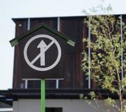 Οδικό σημάδι απαγόρευσης στοκ φωτογραφίες