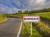 Οδικό σημάδι για την περιοχή του Μπορντώ, της Γαλλίας στοκ εικόνα
