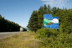 Οδικό σημάδι ιχνών Cabot - Νέα Σκοτία - Καναδάς στοκ εικόνες