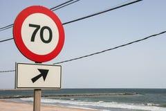 Οδικό σημάδι ορίου ταχύτητας σε 70 Στοκ εικόνα με δικαίωμα ελεύθερης χρήσης
