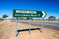 Οδικό σημάδι Uluru Στοκ Φωτογραφίες