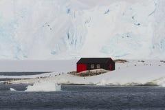Ο λιμένας Lockroy, βασίζει το Α, περιοχή Ανταρκτική κληρονομιάς Στοκ φωτογραφία με δικαίωμα ελεύθερης χρήσης