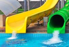 Ολισθαίνοντες ρυθμιστές Aquapark Στοκ Εικόνες