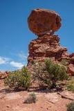 Ο ισορροπημένος βράχος, εθνικό πάρκο αψίδων, Γιούτα στοκ εικόνα με δικαίωμα ελεύθερης χρήσης