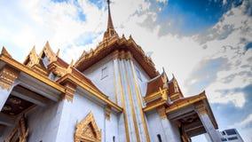 Ο ιστορικός ναός χαρακτηρίζει ένα επιχρυσωμένο εξωτερικό, εκθέσεις απόθεμα βίντεο