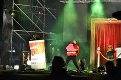 Ο ιταλικός δημοφιλής βιαστής Caparezza τραγουδά κατά τη διάρκεια της συναυλίας του νέου έτους στοκ εικόνες με δικαίωμα ελεύθερης χρήσης