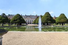 Ο κήπος πηγών παλατιών του Hampton Court, UK Στοκ Φωτογραφία