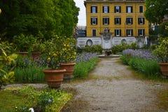 Ο κήπος στο Galleria Borghese Ρώμη Ιταλία Στοκ εικόνα με δικαίωμα ελεύθερης χρήσης