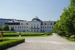Ο κήπος του Μπρατισλάβα-προεδρικού παλατιού, Μπρατισλάβα, Σλοβακία Στοκ εικόνα με δικαίωμα ελεύθερης χρήσης