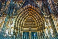 Ο καθεδρικός ναός της Κολωνίας ή ο υψηλός καθεδρικός ναός Αγίου Peter είναι Ρωμαίος - καθολικός καθεδρικός ναός Στοκ Φωτογραφία