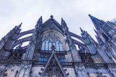 Ο καθεδρικός ναός της Κολωνίας ή ο υψηλός καθεδρικός ναός Αγίου Peter είναι Ρωμαίος - καθολικός καθεδρικός ναός Στοκ Εικόνα