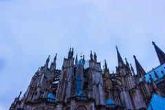 Ο καθεδρικός ναός της Κολωνίας ή ο υψηλός καθεδρικός ναός Αγίου Peter είναι Ρωμαίος - καθολικός καθεδρικός ναός Στοκ φωτογραφία με δικαίωμα ελεύθερης χρήσης