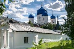 Ο καθεδρικός ναός του εικονιδίου της κυρίας Bogolyubovo μας στο ιερό μοναστήρι Bogolyubovo, περιοχή του Βλαντιμίρ Στοκ φωτογραφίες με δικαίωμα ελεύθερης χρήσης
