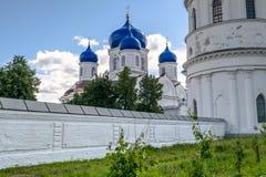 Ο καθεδρικός ναός του εικονιδίου της κυρίας Bogolyubovo μας στο ιερό μοναστήρι Bogolyubovo, περιοχή του Βλαντιμίρ Στοκ εικόνες με δικαίωμα ελεύθερης χρήσης