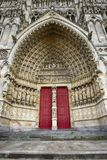 Ο καθεδρικός ναός Amiens είναι Ρωμαίος - καθολικός καθεδρικός ναός Στοκ Φωτογραφίες
