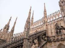 Ο καθεδρικός ναός του Μιλάνου που πετά στηρίζει, Μιλάνο, Ιταλία Στοκ εικόνες με δικαίωμα ελεύθερης χρήσης