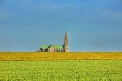ο καθολικός κατάλογος γυναικείων ορόσημων κληρονομιάς του Chartres καθεδρικών ναών εμφάνισε λίστα παλαιός τον κόσμο της ΟΥΝΕΣΚΟ μ Στοκ φωτογραφία με δικαίωμα ελεύθερης χρήσης
