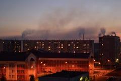 Ο καπνός από τις εγκαταστάσεις Στοκ φωτογραφία με δικαίωμα ελεύθερης χρήσης