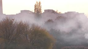 Ο καπνός καλύπτει μια πόλη φιλμ μικρού μήκους