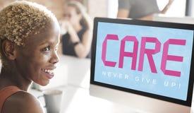 Ο καρκίνος του μαστού θεωρεί την έννοια ασθένειας γυναικών ελπίδας Στοκ εικόνες με δικαίωμα ελεύθερης χρήσης