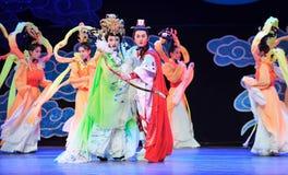 Ο καταδικασμένοι ήρωας και το παλτό ομορφιά-Jiangxi OperaBlue Στοκ Εικόνες