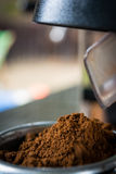 Ο καφές αλέθει Στοκ φωτογραφία με δικαίωμα ελεύθερης χρήσης