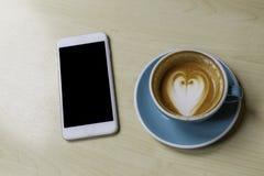 Ο καφές και χαλαρώνει Στοκ εικόνες με δικαίωμα ελεύθερης χρήσης