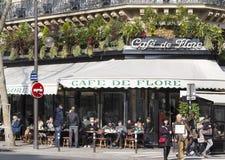 Ο καφές de Flore, Παρίσι, Γαλλία Στοκ εικόνα με δικαίωμα ελεύθερης χρήσης
