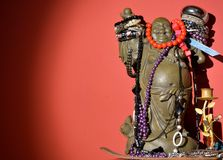 Ο κινεζικός Βούδας διακόσμησε με τα κοσμήματα Στοκ Εικόνα