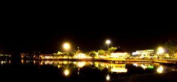 Ο κινεζικός κήπος ανάβει τη νύχτα Στοκ Εικόνα