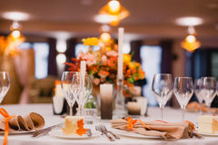 Ο κομψός πίνακας γευμάτων Στοκ φωτογραφία με δικαίωμα ελεύθερης χρήσης