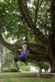 ο κολπίσκος παιδικής ηλικίας ανθίζει τη γιαγιά μεγάλη η επιλογή μνημών της Στοκ Εικόνα