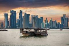 Ο κόλπος Doha, Κατάρ στοκ εικόνες