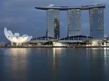 Ο κόλπος μαρινών στρώνει με άμμο τη Σιγκαπούρη, νύχτα Στοκ φωτογραφία με δικαίωμα ελεύθερης χρήσης