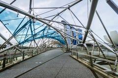 Ο κόλπος μαρινών στρώνει με άμμο το ξενοδοχείο από τη γέφυρα ελίκων Στοκ φωτογραφίες με δικαίωμα ελεύθερης χρήσης