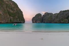 Ο κόλπος της Maya είναι κολυμπώντας με αναπνευτήρα λιμνοθάλασσα γύρου σημείου διάσημη Phi Phi στα νησιά, Krabi, Ταϊλάνδη Στοκ Φωτογραφία