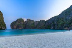 Ο κόλπος της Maya είναι κολυμπώντας με αναπνευτήρα λιμνοθάλασσα γύρου σημείου διάσημη Phi Phi στα νησιά, Krabi, Ταϊλάνδη Στοκ Φωτογραφίες