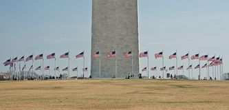ο κύκλος 2 σημαιοστολίζει το μνημείο Ουάσιγκτον στοκ εικόνα με δικαίωμα ελεύθερης χρήσης