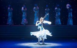 Ο κλίβανος-κινεζικός λαϊκός χορός νεράιδα-πορσελάνης τύχης Στοκ φωτογραφία με δικαίωμα ελεύθερης χρήσης