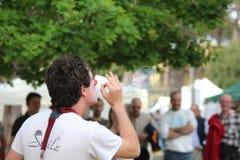 Ο κλόουν και η φυσαλίδα σαπουνιών Στοκ φωτογραφίες με δικαίωμα ελεύθερης χρήσης