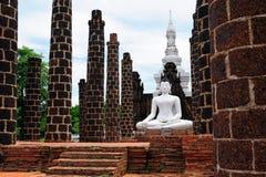 Ο λευκός Βούδας Στοκ φωτογραφία με δικαίωμα ελεύθερης χρήσης