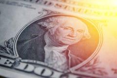 Ο λογαριασμός αμερικανικών δολαρίων, έξοχη μακροεντολή, κλείνει επάνω τη φωτογραφία Λεπτομέρειες των λογαριασμών Στοκ Φωτογραφίες